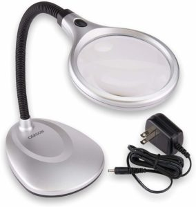 hands free magnifying glass with light
